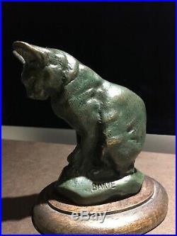 Bronze A. L. BARYE, Art, fin XIXème, Chat assis, patine verte, socle en bois