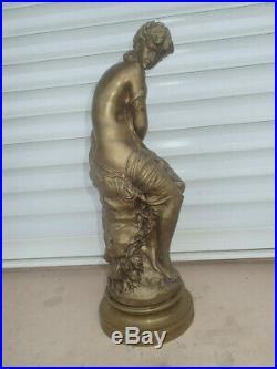 D'après Mathurin Moreau BRONZE LA FRILEUSE 42 cm de haut Femme Nue Art beauté