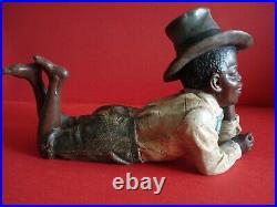 Johann Maresch Figurine Garçon couché Art nouveau Terre cuite