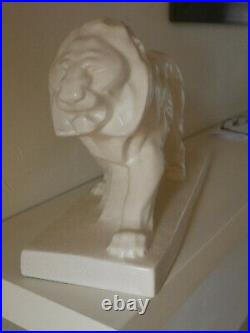 LION ART DECO Craquelé Blanc LEJAN 1930/40 MODELE PEUGEOT
