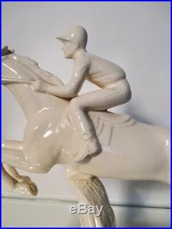 RARE Statue Sculpture Sarreguemines Jockey Céramique faïence Art Déco 1930
