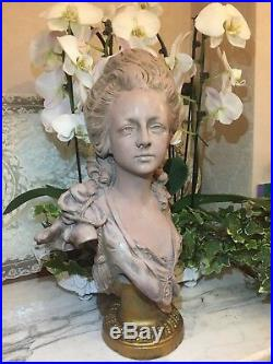 Rare buste de Marie Antoinette en terre cuite par Anton Nelson Art Nouveau
