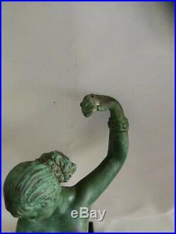 Raymonde GUERBE (1894-1995), Joli sculpture, Art Déco, danseuse en étain, Signée