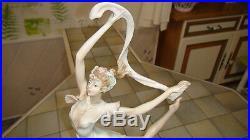 STATUE A SANTINI. Albâtre+Poudre Marbre+Résine. Elégante Danseuse. Art déco. 1930