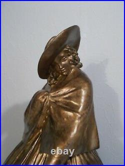 Sculpture art deco 1930 G. CACCIAPUOTO femme bouledogue français statue ceramique