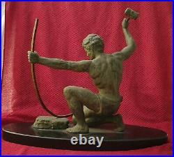 Sculpture art déco signé HERVOR, 1930 le forgeron ou l'age du bronze statue