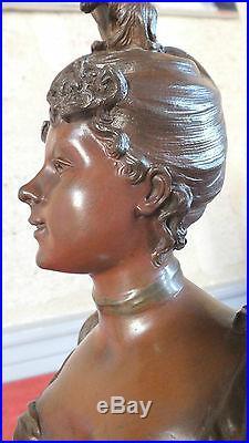 Sculpture bronze art nouveau femme signé Debut statue