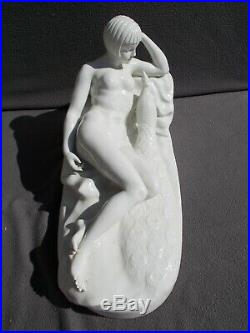 Sculpture femme nue art deco signé statue porcelaine nude woman vintage figurine