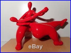 Sculpture statue art contemporain résine rouge danseur danseuse femme homme nue