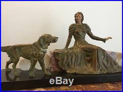 Statue Art Déco Femme aux chiens régule et marbre
