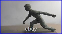 Statue Art Deco Joueur De Petanque Sculpture Regule Avec Marbre Gris