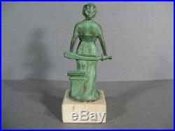 Statue Art Déco Signée Rucho / Sculpture Femme Art Déco / A. Rucho / Statue 1930