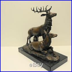 Statue Cerf Animalier Chasse Style Art Deco Style Art Nouveau Bronze massif Sign