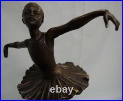 Statue Danseuse Style Art Deco Style Art Nouveau Bronze massif Signe