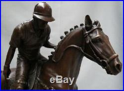 Statue Sculpture Cheval Polo Sport Style Art Deco Bronze massif Signe