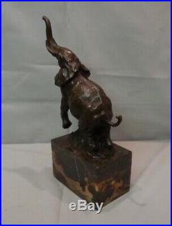 Statue Sculpture Elephant Animalier Style Art Deco Bronze massif Signe