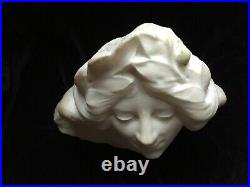 Statue Tête marbre blanc Art Nouveau visage d'une jeune fille