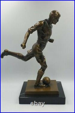 Statue sculpture footballeur Bronze regule font d art marbre