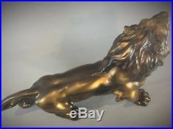 Statuette animalière Sculpture dun Lion rugissan Art Deco 55 cm 3 kg