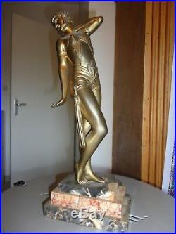 Superbe Ancienne Statuette Art Deco 1920 régule signé. Danseuse