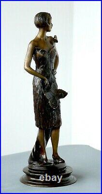 Très beau bronze art déco Femme papillon signé